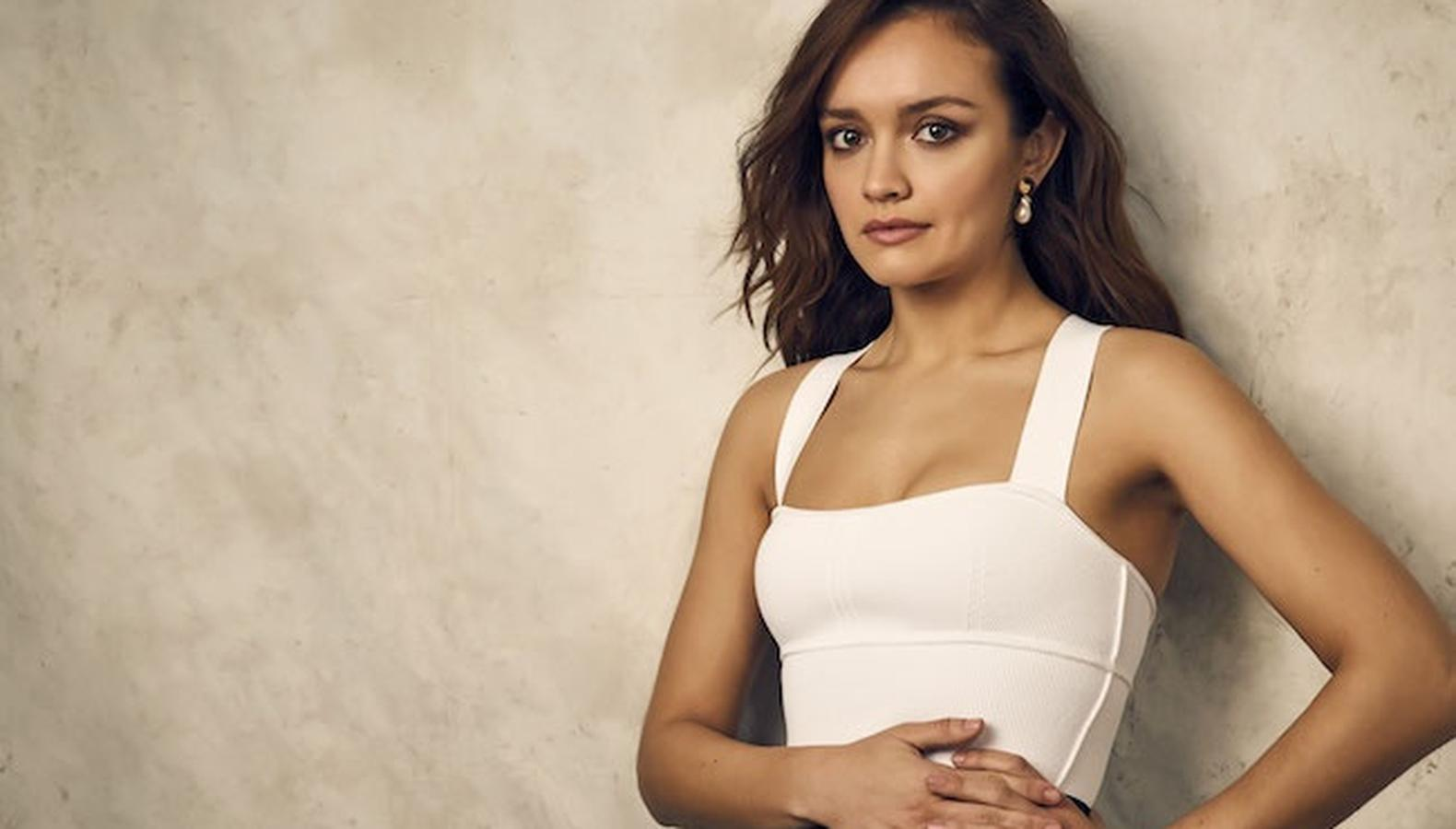 olivia-cooke-bio-wiki-age-education-dating-height-weight-career-net-worth